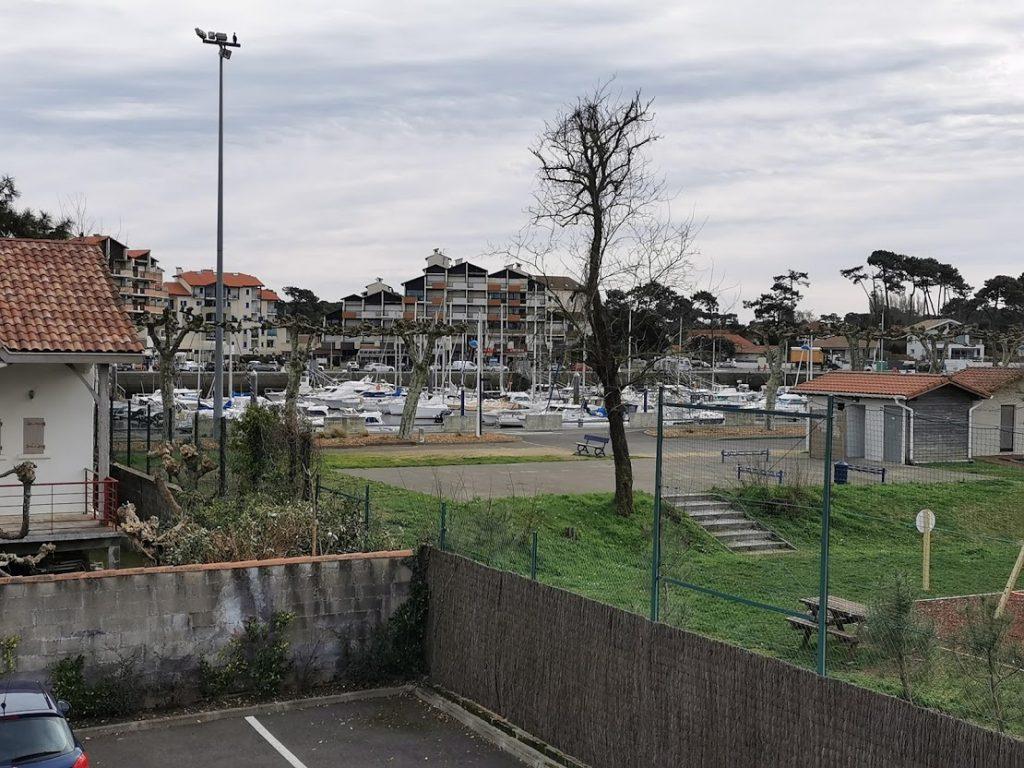 AA-vue port depuis terrasse