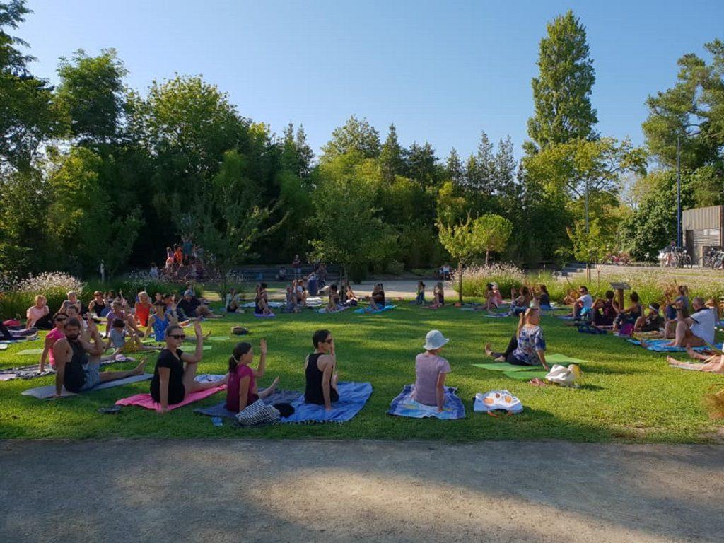 Cap Yoga club Jardin public