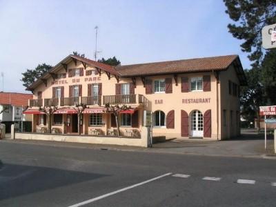 HOT-HOTEL-DU-PARC2-2
