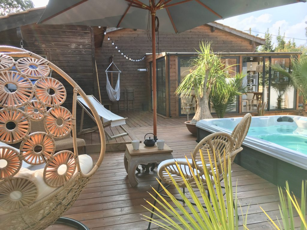 WOOD-N-SEA-SURF-LODGE-CAPBRETON
