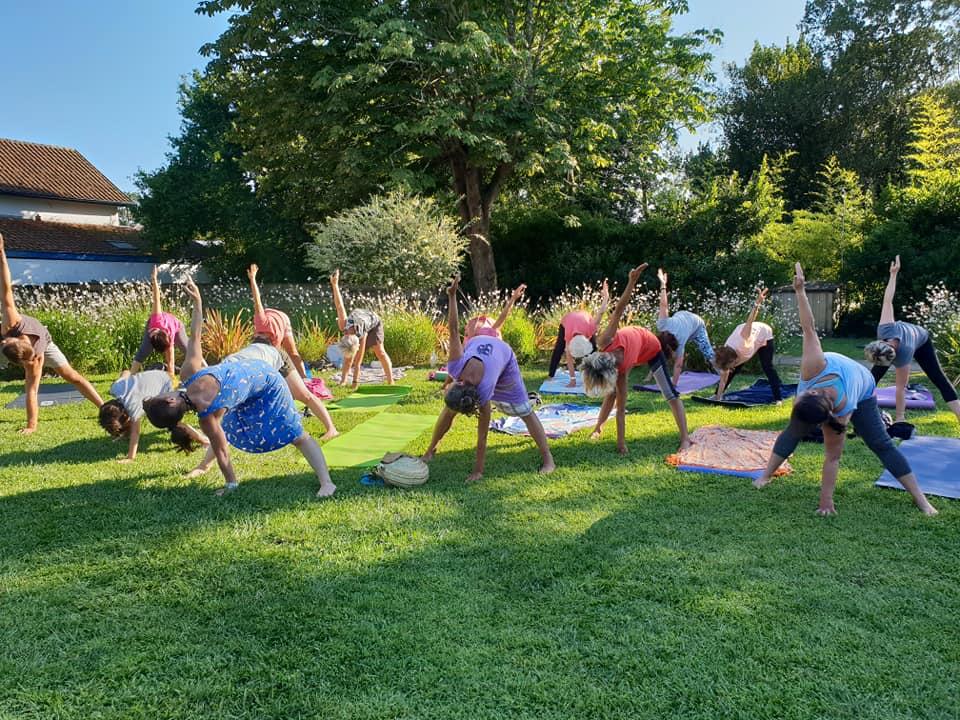 cap-club-yoga